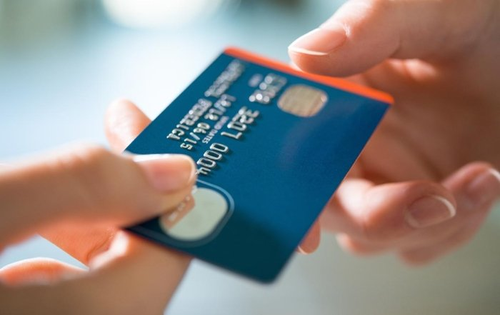 Pros and Cons of a Credit Limit Increase